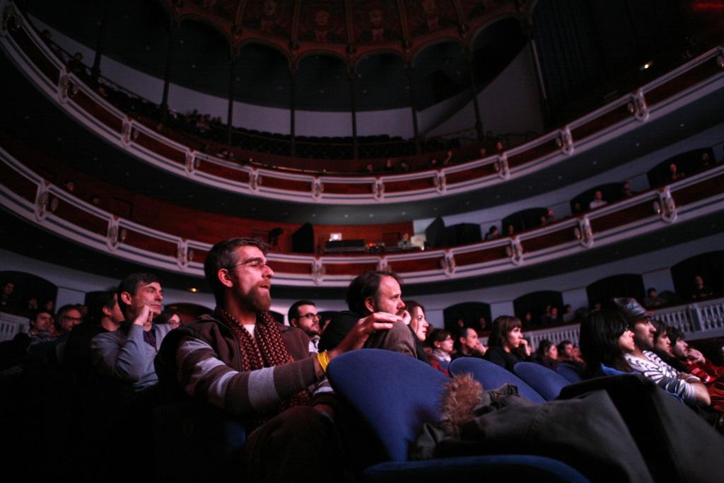 Público en el Teatre Principal durante el Tanned Tin 2010. Rafa Miranda/Blank Paper